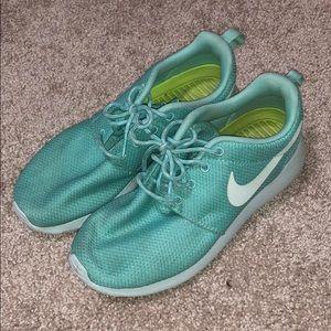 Nike roshe tropical blue
